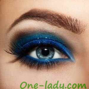 Макияж на выпускной для голубых глаз фото