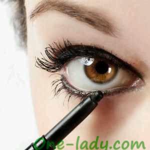 Водостойкий карандаш для глаз фото