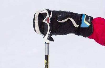 Выбираем женские горнолыжные перчатки