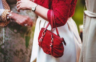 Сумка — важный аксессуар для каждой женщины