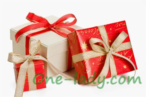Как подобрать подарок для девушки?